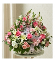 lilies,Aromatic Roses & Stunning Hydrangeas  Send to Philippines