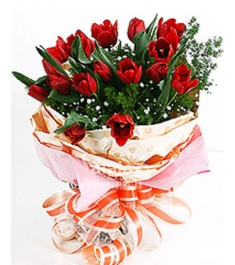 buy red tulips vase in philippines