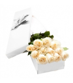 1 Dozen White Roses in a Box Online Order to Philippines