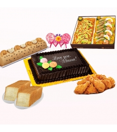 Para Sa Iyo Ma Food Package by Goldilocks:  Mother's Day Package 3 (Para Sa Iyo Ma)  - 1 pc Chocolate Chiffon Greeting Cake (8x12) - 1 pc Classic Mocha Roll (Whole) - 1 pc FF Mix and Match (Sotanghon & Malabon) - 1 pc Golden Chicken (Box of 8) - 2 pcs Egg and Milk Loaf Bread (550g) - 3 pcs FREE Mother's Day Chocolate Lollipop.  IMPORTANT: Mother's Day Greeting Cake:  Orders prior or beyond May 10-12, 2019, Mother's Day Toppers will be replaced to any available toppers.   Mother's Day Chocolate Lollipop: Orders beyond May 12, 2019, Mother's Day Chocolate Lollipop will be replaced to any available chocolate lollipops.   Your purchase includes a complimentary personalized free message card.  Delivery Area: For Metro Manila Delivery Only