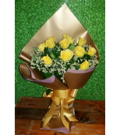12 Yellow Sunshine Rose Bouquet