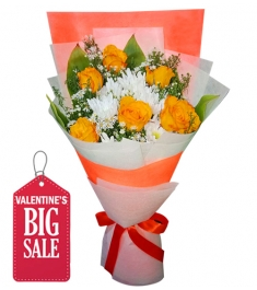 6 Orange Roses in Bouquet