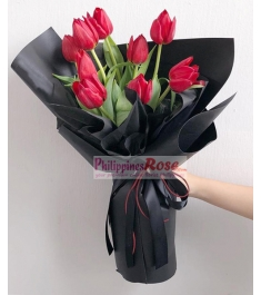 9 Pcs Red Tulips in a Bouquet