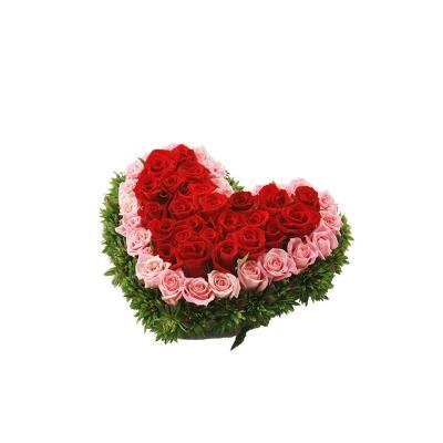 60 Heart shape Mixed Roses