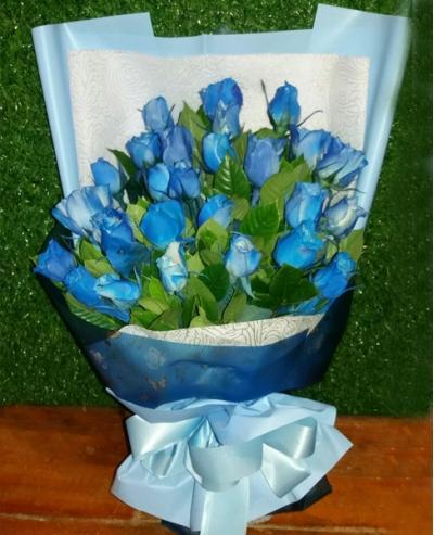 24 Blue Color Roses in Bouquet