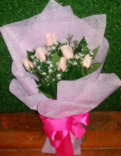 6 Pcs Pink Roses in Bouquet